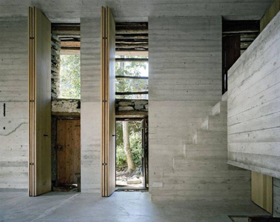 Dit oude huisje blijkt een prachtige moderne villa te zijn