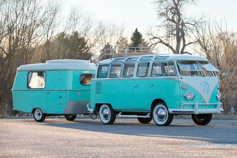 Motor vehicle, Wheel, Mode of transport, Blue, Transport, Green, Vehicle, Van, Automotive exterior, Rim,