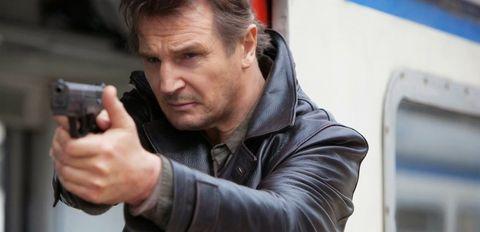 Nose, Jacket, Outerwear, Mammal, Collar, Shooting, Shotgun, Revolver, Air gun, Gun barrel,
