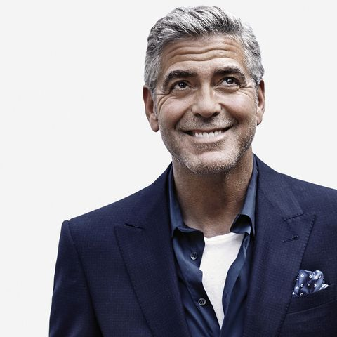 <p>Deze foto is cool want George Clooney, want marineblauw, want pochet, want stijlvolle man.</p><p><em>Smile though your heart is aching...<br>Smile even though it's breaking</em><em>...</em></p>