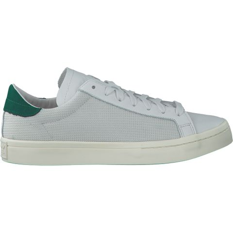 sneakers van Omoda