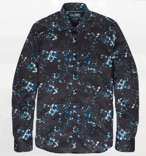 """<p>Een casual shirt kan lastig te combineren zijn, maar wanneer je een print kiest, zoals <a href=""""http://www.castiron-clothing.com/hidden-art-shirt-6.html"""" target=""""_blank"""">dit voorbeeld</a>, dan past het uitstekend bij nagenoeg elke outfit die je kiest. Op een spijkerbroek voor een casual look en op een donkergroene wollen broek voor een meer geklede look.</p>"""