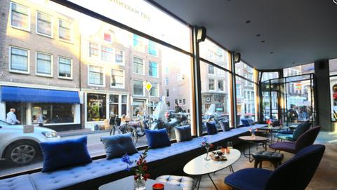 Flowerpot, Furniture, Table, Couch, Glass, Commercial building, Interior design, Houseplant, Restaurant, Interior design,
