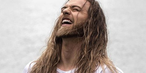 Lip, Hairstyle, Happy, Facial expression, Tooth, Jaw, People in nature, Brown hair, Long hair, Blond,