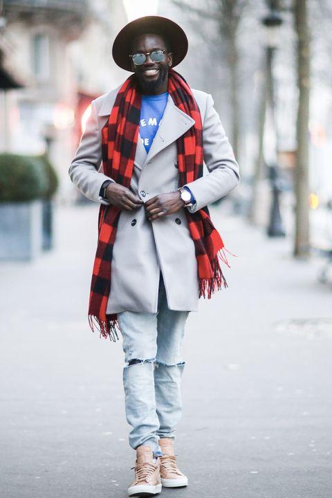 <p>Het bewijs dat een goede sjaal je hele outfit kan veranderen.&nbsp;</p>