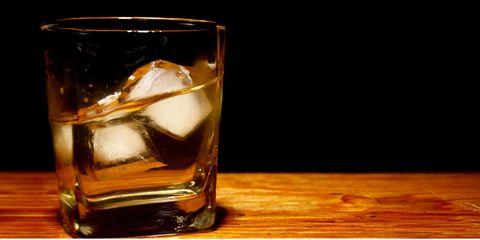Fluid, Liquid, Drinkware, Glass, Alcohol, Alcoholic beverage, Drink, Distilled beverage, Tableware, Highball glass,