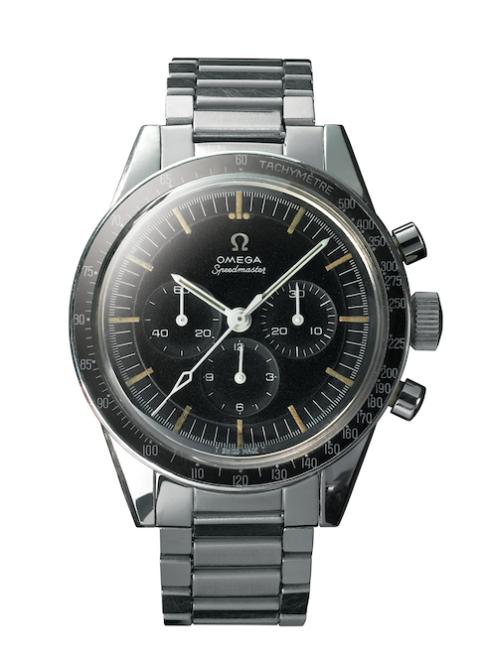 <p>          </p><p><span>Dit model van de Speedmaster was het eerste horloge dat de&nbsp;tests van NASA voor ruimtemissies volbracht. Het horloge groeide uit tot een legende toen de astronauten het droegen tijdens de Gemini- en Apollomissies. Dit eerste model dat werd goedgekeurd was ook een van de laatste horloges die in 1972 op de maan werd gedragen.</span><span></span><br></p>