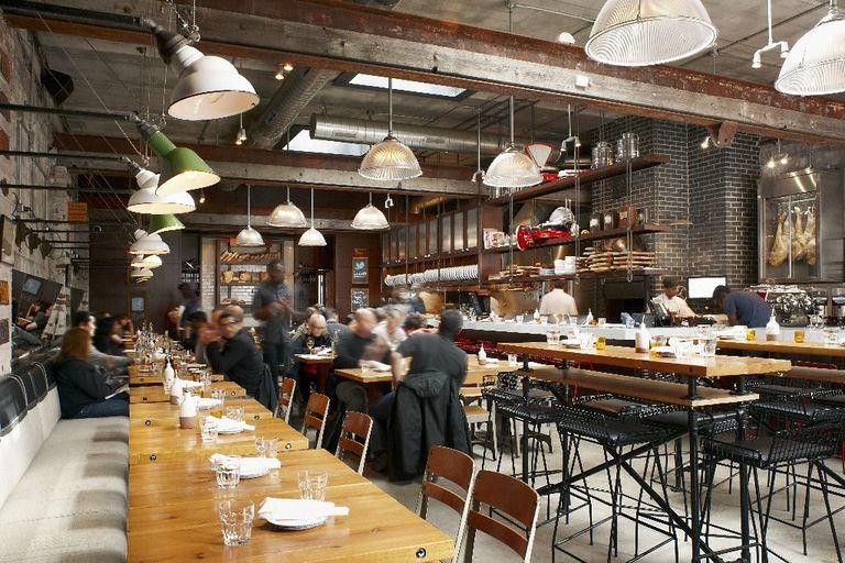 Waarom alle hippe restaurants hetzelfde \'industriële\' interieur hebben