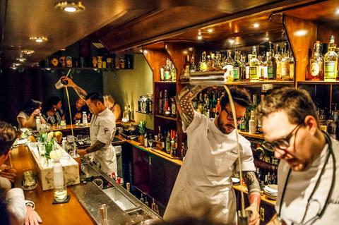 Bar, Pub, Bartender, Restaurant, Tavern, Alcohol, Drink, Liqueur, Distilled beverage, Event,