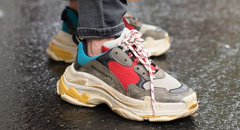 04522124e30 Zou jij 675 euro betalen voor deze sneakers?