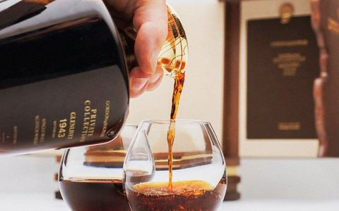 Barware, Drink, Liqueur, Distilled beverage, Food, Cuisine,