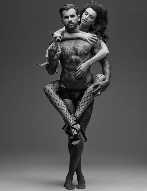 Standing, Black-and-white, Human, Joint, Photography, Leg, Tattoo, Muscle, Monochrome, Art,