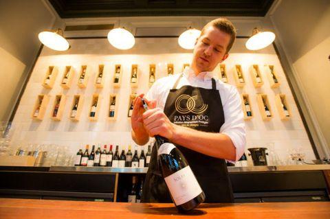 Bartender, Liqueur, Drink, Distilled beverage, Alcohol, Barware, Wine,