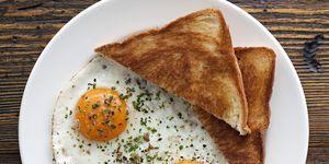 hangover-breakfast-eggs-43