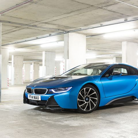 Bmw I8 The First Must Own Hybrid Sports Car