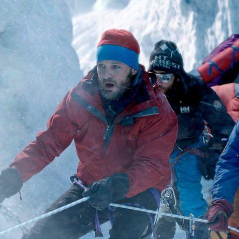 Jason-Clarke-Everest-43