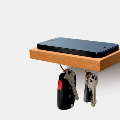 love-handles-iphone-shelf-43
