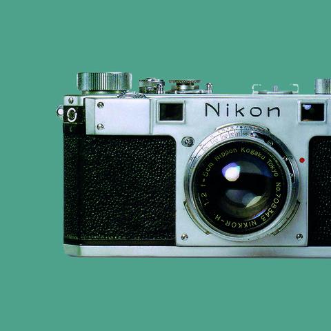 NIKON-43