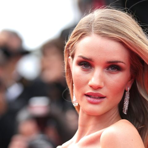 rosie-huntington-whiteley-cannes-43-new
