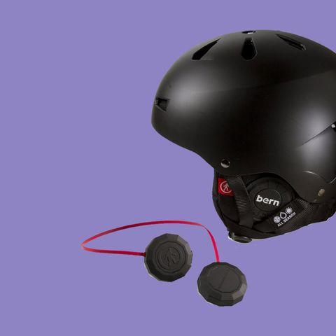 tech-of-the-week-ski-helmet-43