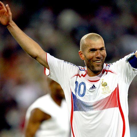 2048x2730-zidane-world-cup-hero-43-jpg-9