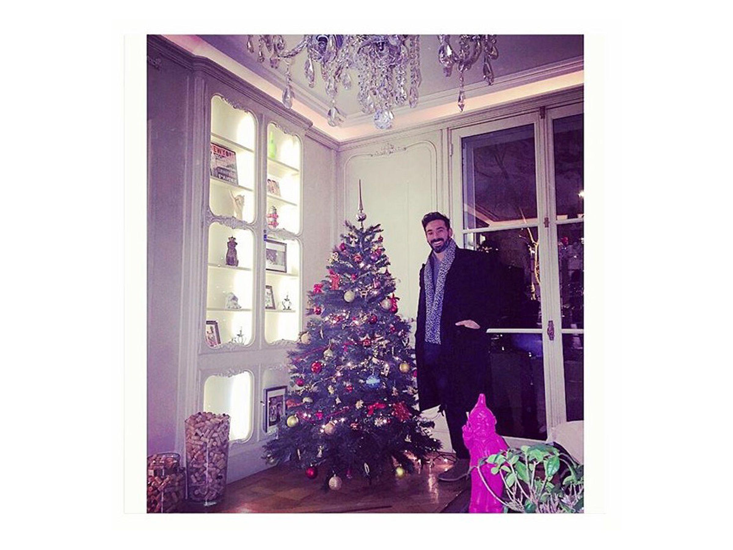 Lionel Messi Barcelona kit Custom Christmas Ornament w//Santa Hat and 2018 charm