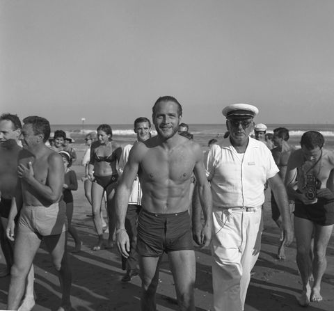 Leg, People, Human body, Standing, Chest, Barechested, Muscle, Vacation, Active shorts, Bermuda shorts,