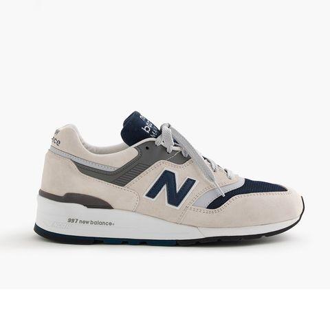 Footwear, Shoe, Product, Sportswear, Athletic shoe, White, Sneakers, Line, Style, Logo,