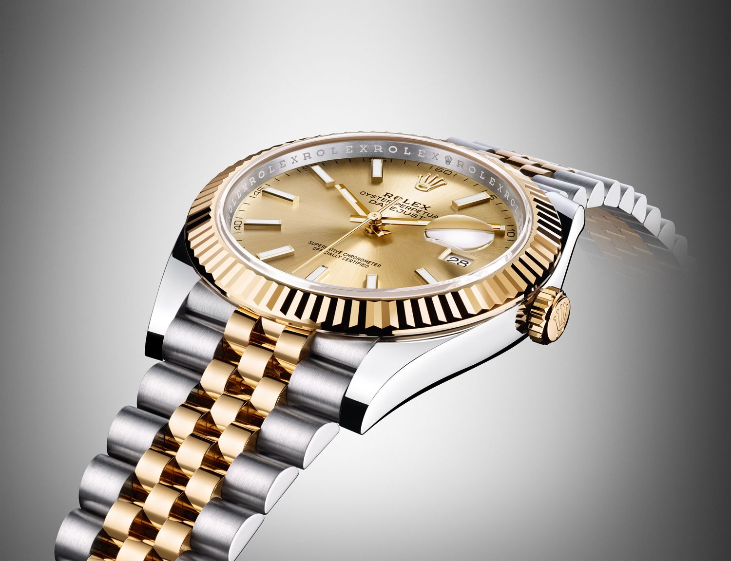 Why It's Time To Embrace The Gold Watch