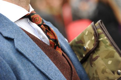 Collar, Textile, Dress shirt, Bag, Maroon, Camouflage, Military camouflage, Shoulder bag, Button,