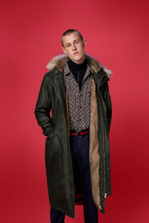 Jacket, Sleeve, Textile, Collar, Outerwear, Coat, Fur clothing, Fashion, Natural material, Fur,