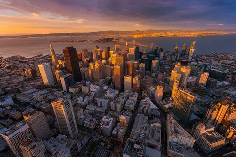 Metropolitan area, City, Urban area, Tower, Tower block, Metropolis, Cityscape, Landscape, Horizon, Commercial building,