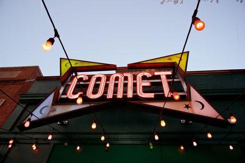 Amber, Orange, Electricity, Font, Signage, Neon, Electronic signage, Street light, Neon sign, Electrical supply,