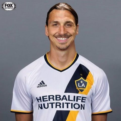 huge selection of 2d379 fd53d Zlatan Ibrahimovic 'Confirmed' For LA Galaxy Move, Claims ...