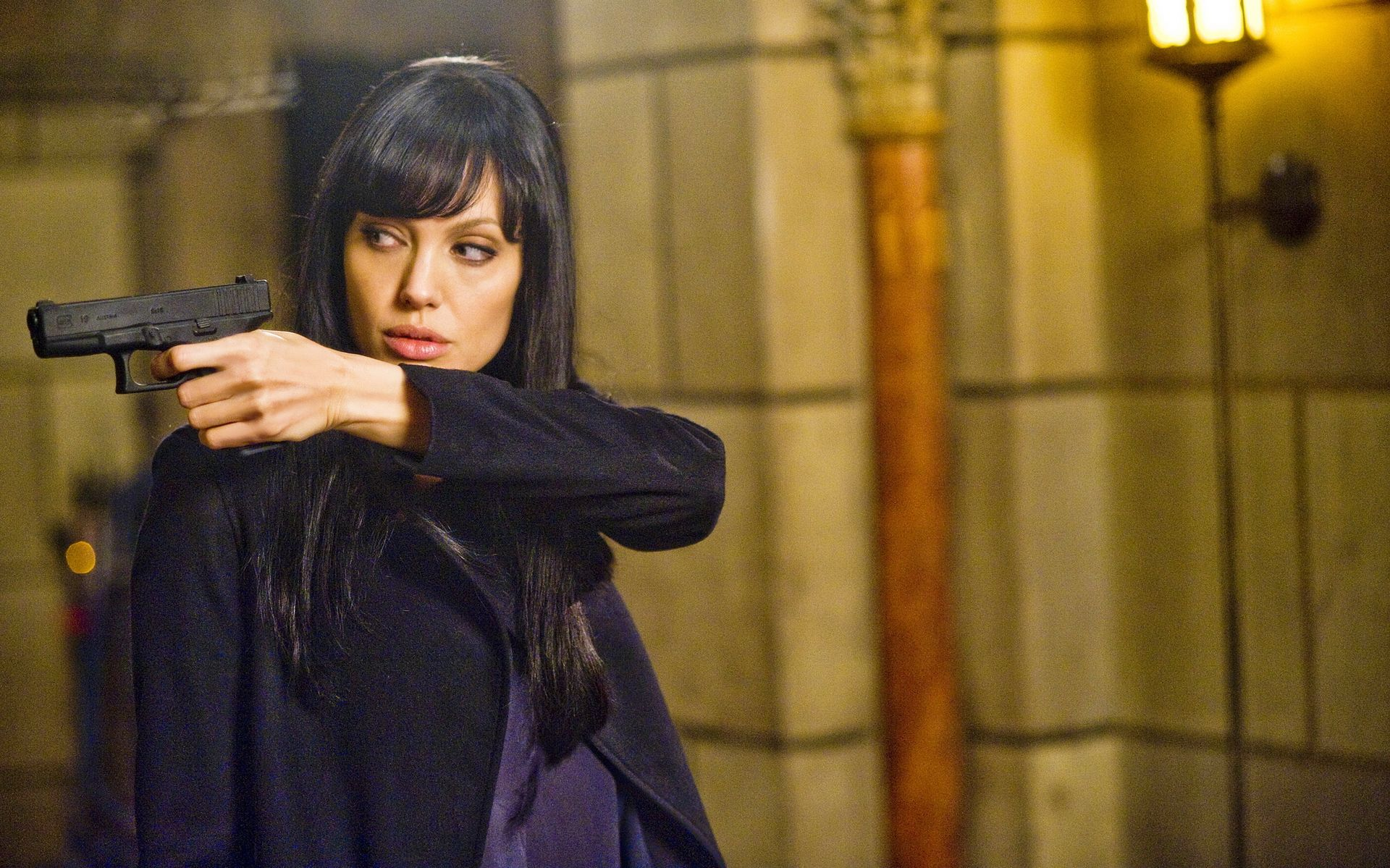 Angelina Jolie Sexi Movie angelina jolie's sexiest films - 10 hottest angelina jolie