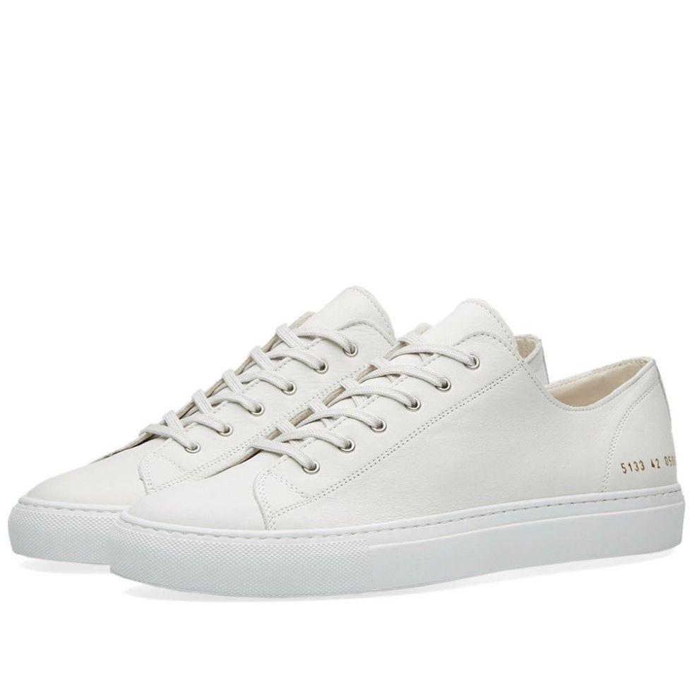How to keep white trainers white