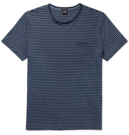 T-shirt, Clothing, Black, Sleeve, Active shirt, Top, Pattern, Pocket,