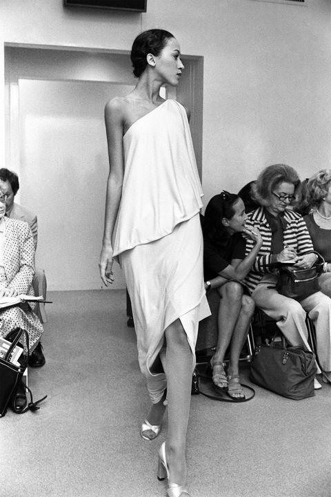 White, Photograph, Fashion, Fashion model, Shoulder, Black-and-white, Fashion design, Snapshot, Hairstyle, Monochrome,