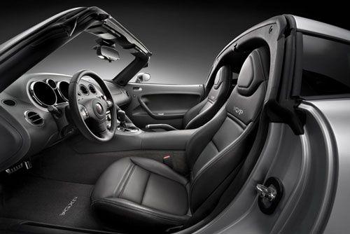 pontiac.solstice.coupe.targa.interior.thumb.jpg