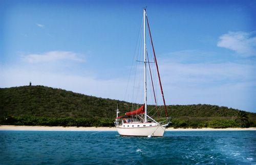 cielo.sailing.excursion.gear.patrol.thumb.jpg