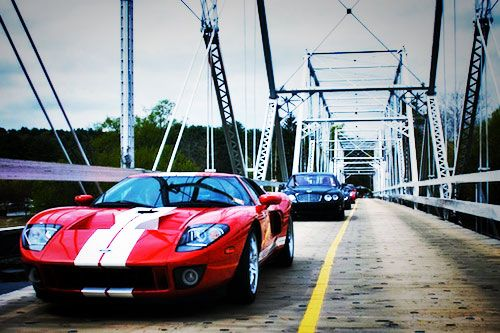 vulcan-motor-club-ford-gt-bridge.jpg