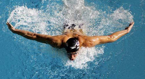 michael-phelps-swimming.jpg