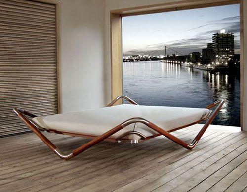 max-longin-bed-float.jpg