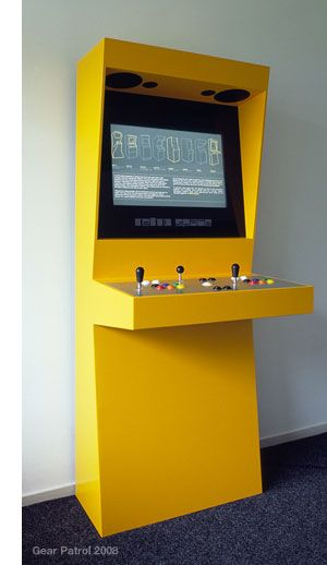 retro-space-console-game-machine.jpg