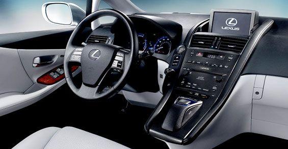 2010-lexus-hs-250h-dash