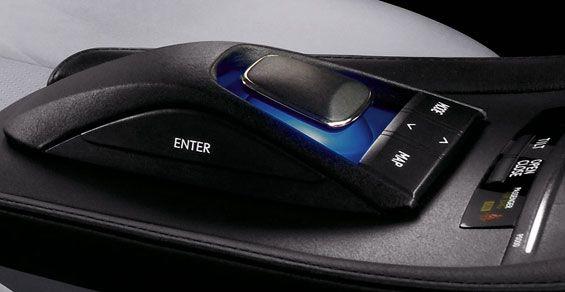 2010-lexus-hs-250h-mouse
