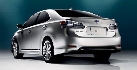 2010-lexus-hs-250h-rear