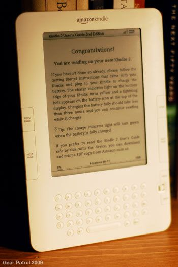 amazon-kindle-2-dusty-bookshelf-vertical