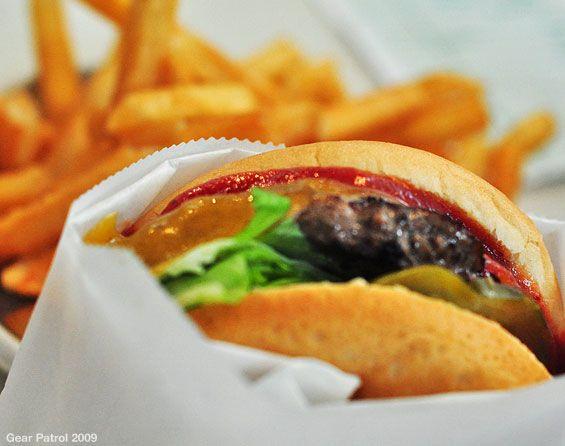 the-apple-pan-burger