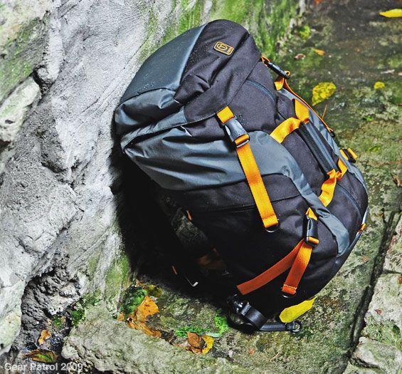 tumi-t-tech-quest-backpack-duffle-gear-patrol-1